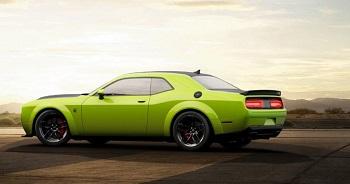 challenger color verde lima
